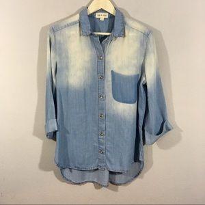 Cloth & Stone Chambray Top